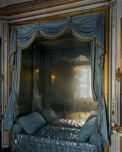 La Meridienne, Bed of Marie-Antoinette, 2007 by Robert Polidori